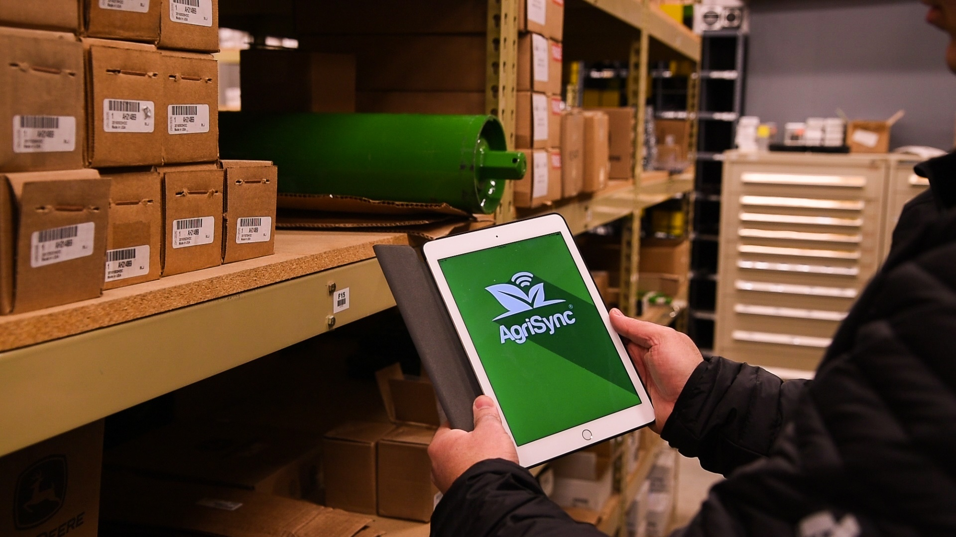 Green Warehouse ipad AgriSync Logo